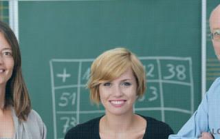 Gepensioneerde docenten voor de klas